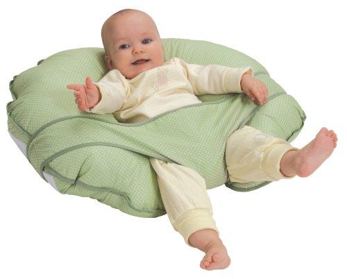 подушка и малыш